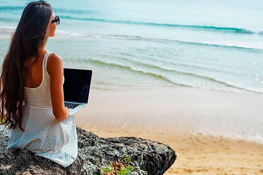 Cómo combinar viaje relax y trabajo 2021